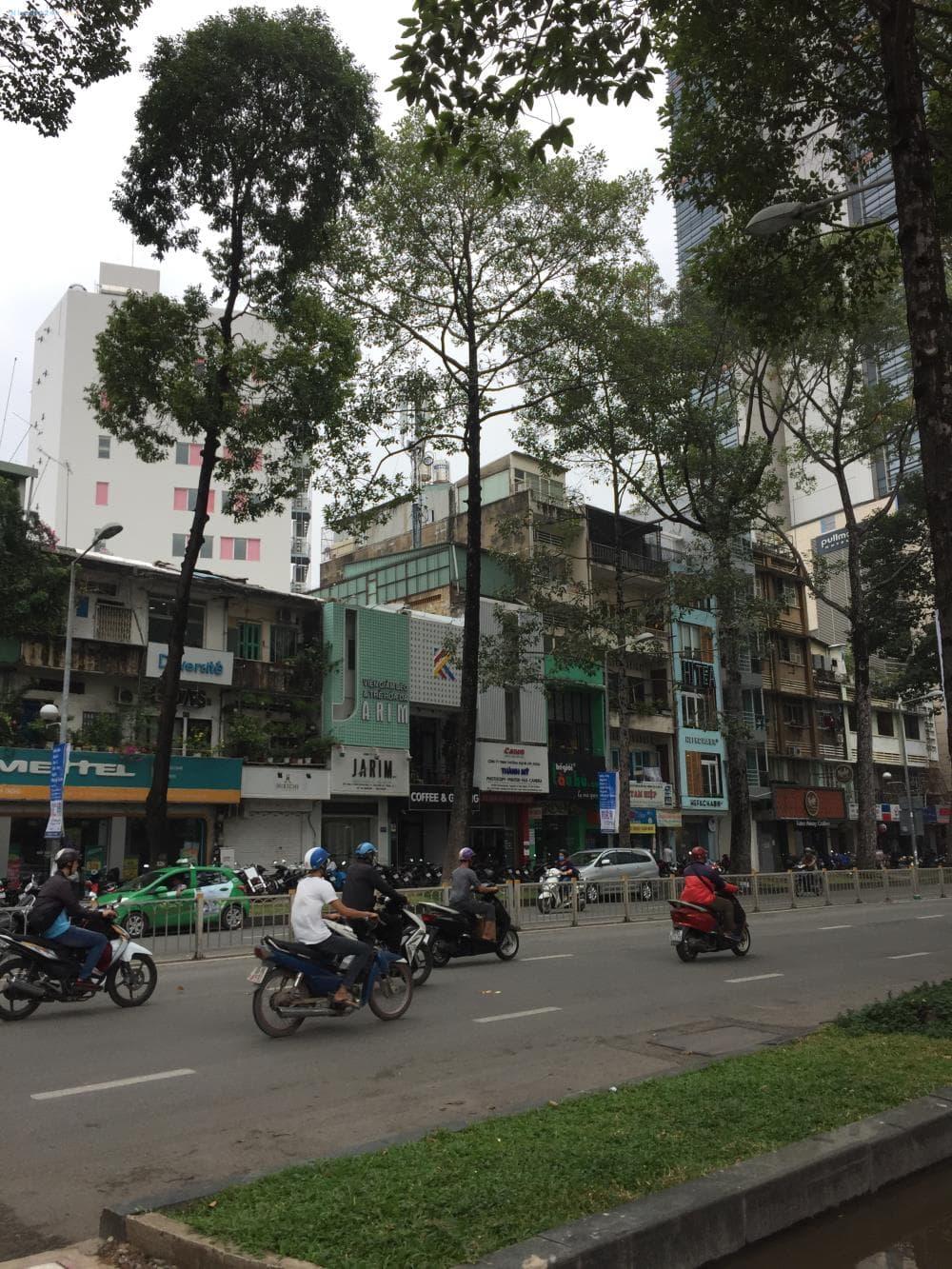 Bán nhà mặt tiền Trần Hưng Đạo